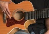 1re présentation : guitare Guild JF-30 modifiée